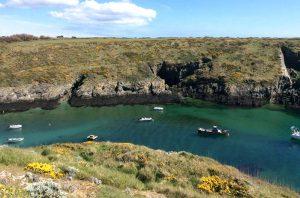 西仏ブルターニュ地方の小さな島、ベル・アイル島(belle-isle)